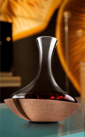 Wirujaca karafka do wina